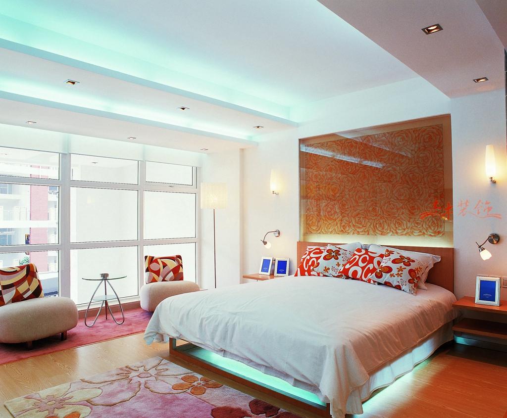 卧室装修用木地板好还是瓷砖好?