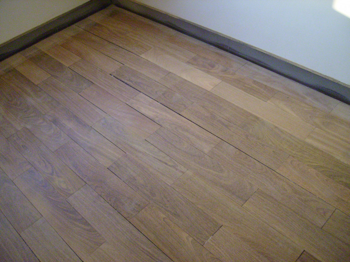 装修用的复合木地板能使用多少年?
